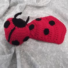 Ladybug Hat and Cape Set newborn ready to ship by crochetmyway e584638e5360