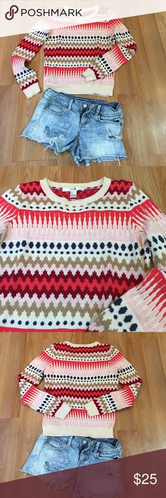 XXI forever 21 Retro Print Crewneck Sweater Lightweight knit. Fun retro print. Great condition. Selena Gomez has been photoed in this. Forever 21 Sweaters Crew & Scoop Necks