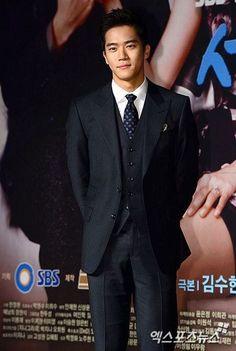 Ha Suk Jin, Drama Tv, Lee Seung Gi, Asian Men, Korean Actors, Dancers, Kdrama, Musicians, Handsome