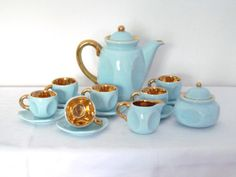 Lovely 1950s Vintage Porcelain Coffee/Tea set, 17 pieces, Turquoise and gold glazing, Bayor, Coffee/Tea Pot, Creamer, Sugar, 6 cups saucers