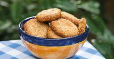 Esse é o cookies mais fácil que você já fez! Leva apenas 3 ingredientes, fica crocante e uma delícia! É uma opção sem glúten e lactose e rica em gorduras boas indispensáveis ao nosso organismo. Pod…
