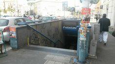 Pulizia stazione metro Policlinico da parte dei volontari di RetakeRoma. Operazione contro il degrado della metro b