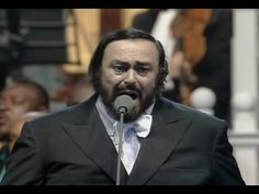 Video: Eric Clapton canta con Pavarotti la canción que escribió a la Bendita Madre - Aleteia