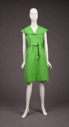 Dress    Mollie Parnis, 1973    The Goldstein Museum of Design
