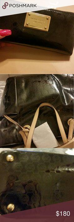 Michael Kors matching purse an wallet! ! Black an tan with a tab of gold Michael Kors Bags Shoulder Bags