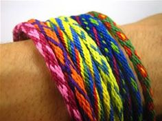 Eight different braid patterns for friendship bracelets, made with a super-easy braiding disk   #handmade #jewelry #bracelet #DIY #craft #knot #knotting #braid