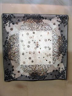 Tokyo Quilt Show, via Flickr. 2009, photos by Tempusmaster - Robots Dreams (http://www.robots-dreams.com)