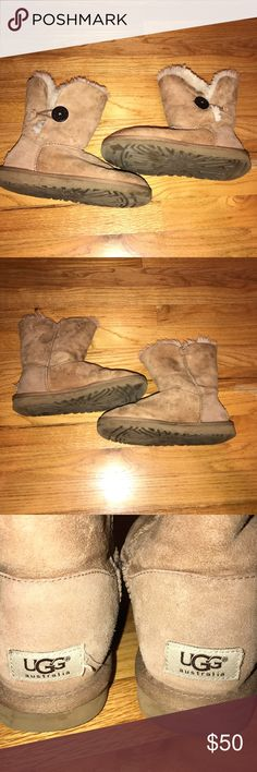 Button Uggs in chestnut Signs of wear but overall good condition. Guaranteed authentic UGG Shoes Winter & Rain Boots