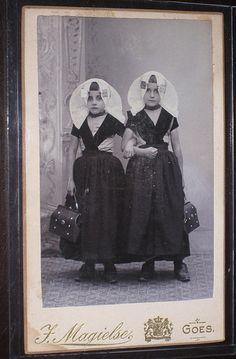 Girls in traditional costume Netherlands, via Flickr. #Zeeland #ZuidBeveland #protestant