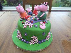 Abigail's 3rd birthday  #peppapig #peppapigcake