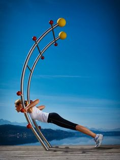 The multifunctional trainer basic by stilum is a highlight of the outdoor fitness equipment and made for small outdoor areas. Outdoor Fitness Equipment, Play Equipment, No Equipment Workout, Outdoor Gym, Outdoor Workouts, Outdoor Areas, Outdoor Training, Fitness Courses, Gym Room At Home