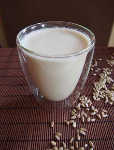 Szybkie gotowanie: Domowe mleko słonecznikowe
