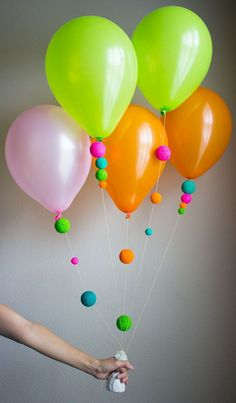 Balloon Ideas Traditionally Parties Have The Same Set Up You Your Food Balloons Cake And So On