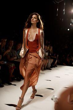 Diane von Furstenberg Spring/Summer 2013 - neofundi