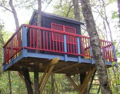 <p>Tree houses are for everyone with imagination. Elevate your building skills with these tree house building tips from experienced builders, including attachment techniques, site choice, assembly techniques, design ideas and more.</p> <p>Photo courtesy of Vertical Horizons</p>