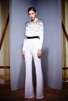 Zuhair Murad Fall Ready-to-wear, Paris Fashion Week. Fashion Week Paris, Runway Fashion, Love Fashion, High Fashion, Fashion Show, Fashion Design, Bridal Jumpsuit, Vogue, Ready To Wear