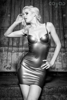 http://www.cojac-photography.com/portfolio/119-120/Lara-Aimee.html
