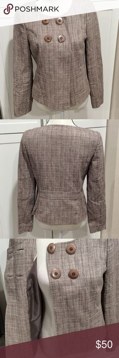 Semantics scoop neck blazer Blazer has scoop neck 4 large buttons in front nicely lined 2 pockets in front very elegant Semantiks Jackets & Coats Blazers