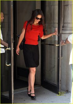 All I can think of when I see her is Suri's Burn Book. But she looks fantastic.