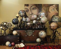 Collection of vintage globes. World globe. World map. Globes Terrestres, World Globes, Snow Globes, Globe Art, Map Globe, Globe Decor, Vibeke Design, Deco Retro, Cabinet Of Curiosities