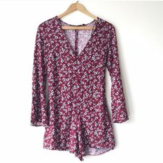 Zara Trafaluc Romper Brand new never worn, purchased from another posher. It fits me perfectly except for that the top part is tight. Would be perfect though for anyone B cup or smaller and is very flattering. not uo Urban Outfitters Dresses