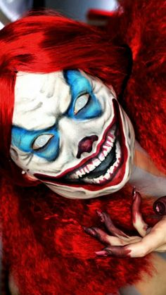 """A """"Monster Clown"""" should always be disturbing and dangerous - often to the viewer as well as those within their setting. Evil Clown Pictures, Creepy Pictures, Clown Scare, Insane Clown, Creepy Clown Makeup, Scary Clown Mask, Clown Horror, Creepy Horror, Evil Clowns"""