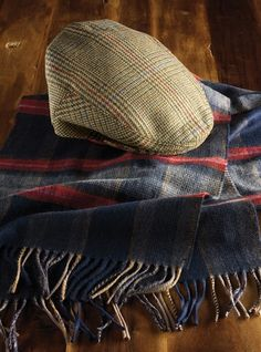 Cashmere and Wool Scarf in Navy and Red Plaid