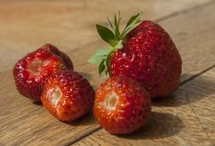 Strawberry by An Drada on Close Up Photos, Strawberry, Fruit, Food, Essen, Strawberry Fruit, Meals, Strawberries, Yemek