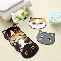 Buy Lazy Corner Cat Pocket Mirror at YesStyle.com! Quality products at remarkable prices. FREE WORLDWIDE SHIPPING on orders over US$ 35.