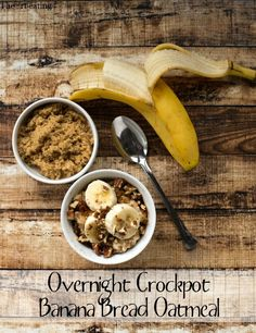 Overnight Crockpot Banana Bread Oatmeal via @katedean/ // #banana #overnightoats #crockpot #oatmeal #recipe