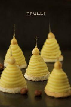 ダコワーズを焼きましたが、バタークリームを作るのが面倒で面倒で、、 気づいたらこんな姿に変身させられてました。(^^;) お芋のモンブ...