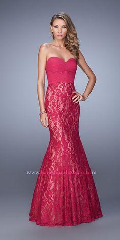 Sweetheart Lace Mermaid by La Femme Lace Prom Gown, Lace Dress, Dress Prom, Wedding Dress, Beautiful Dresses, Nice Dresses, Dressy Dresses, Long Dresses, Short Semi Formal Dresses
