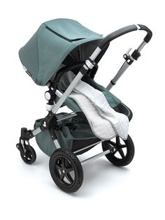 Discover the limited edition Bugaboo Cameleon³ Kite. Learn more about the stroller that is inspired by freedom and shop now at Bugaboo.com.