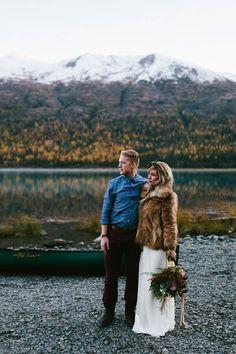 love modern winter elopement