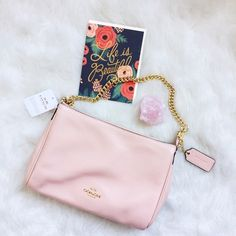 🎉HP🎉Coach Carrie Crossbody- Peach Rose Adorable spring Crossbody with two strap options- the gold chain or leather crossbody. 💐 This bag is lovely. 11x7x2 Coach Bags Crossbody Bags
