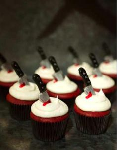 Murder mystery cupcakes