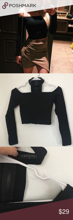 White fox boutique crop top Black long sleeve WF Australia boutique off shoulder choker neck top. So cute with skirts also goes great with high waisted jeans/pants. Size Small. Like new White Fox Boutique Tops Crop Tops