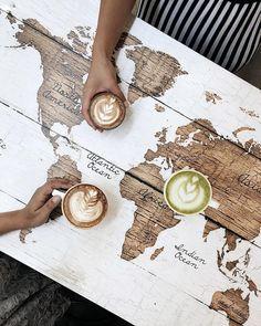 31 Ideas For Kitchen Design Restaurant Coffee Shop Decoration Restaurant, Deco Restaurant, Restaurant Design, Cafe Interior Design, Cafe Design, Bar Deco, Espresso Bar, Italian Espresso, Coffee Shop Design