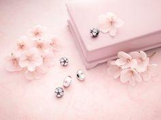 PANDORA Spring Summer 2013 - Cherry Blossoms #pandora #pandorajewelry #pandorajewellery #silverjewelry #silverjewellery  #sterlingsilver #silver #charm #silvercharm #jewellery #jewelry #charmbracelet #pandoracharm #springsummer #SS13 #cherryblossom #newcollection