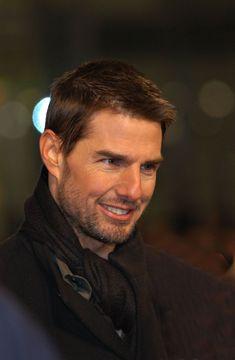 Tom Cruise Short, Tom Cruise Young, Nicole Kidman, Katie Holmes, Logan Lerman, Amanda Seyfried, Sparkling Eyes, Tommy Boy, Cruise Outfits