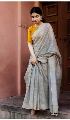 Best 11 Shop Ultra Stylish Designer Sarees Here – SkillOfKing.Com Best 11 Shop Ultra Stylish Designer Sarees Here – SkillOfKing.Com Kurta Designs, Silk Saree Blouse Designs, Blouse Patterns, Trendy Sarees, Stylish Sarees, Simple Sarees, Vogue, Sari Dress, Character Design