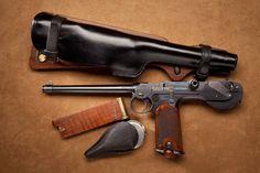 Borchardt C-93 – The Borchardt pistol was designed by Hugo Borchardt (1844–1921) circa 1893