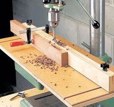 Drill press table plans Drill press table plans Building handcrafted birdhouses is an enjoyable woodworking craft that does not take a lot of time experience or expensive too Woodworking Drill Press, Woodworking Jointer, Carpentry Tools, Woodworking Workshop, Woodworking Crafts, Woodworking Plans, Drill Press Stand, Drill Press Table, Woodsmith Plans