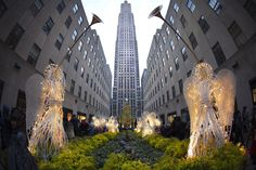 Celebrate the 2014 holiday season in New York with these 13 festive must-do activities.
