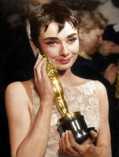 Audrey Hepburn with her Oscar for her role in 'Roman Holiday'.