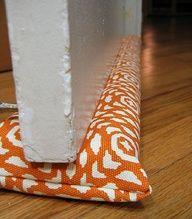 Türstopper DIY- Sewing tutorial for the best homemade door draft stopper Sewing Hacks, Sewing Crafts, Sewing Projects, Diy Projects, Diy Crafts, Sewing Diy, Door Draught Stopper, Draft Stopper, Draft Guard