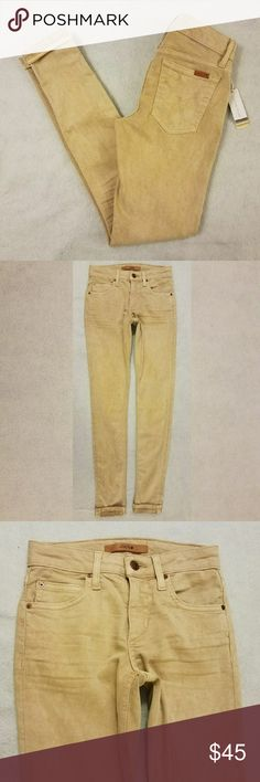 """Joe's Markle Ankle Skinny Ankle Beige Jeans Product Description  Brand -Joe's  Size -W 23   Outseam -approximately 35""""  Inseam -approximately 27.5""""  Leg Opening-approximately 4""""  Rise-approximately 8""""  Waist Laying Flat:approximately 12  Material -46% Lyocell; 44% Cotton; 8% Elastomultiester EME; 2% Elastane   A pair of new with tags Joe's beige dust-dye colors the markle ankle skinny ankle jeans.Tagged size W 23 but please see measurements for proper fit.  Thank you for your…"""