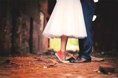 Convers & mid cald wedding dress • via Originální Svatba • photography Zdenko Roman