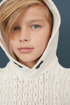 Knit Hooded Sweater - Off-white - Kids Cute 13 Year Old Boys, Young Cute Boys, Cute Teenage Boys, Boy Models, Child Models, Beautiful Children, Beautiful Boys, Kids Photography Boys, Photography Props