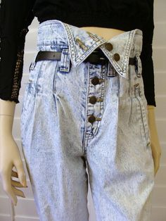 OMG!!! Limited Express acid washed fold-over waist jeans! Had them...as did all of my friends! Wore them folded all the way down, low on the hips and tight-rolled on the bottom. Ahhhhhh, the 80's!!!